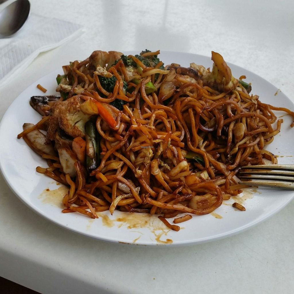 """Photo of The Hub's Wok  by <a href=""""/members/profile/charmagama"""">charmagama</a> <br/>vegetarian mee goreng <br/> May 18, 2015  - <a href='/contact/abuse/image/29247/102660'>Report</a>"""