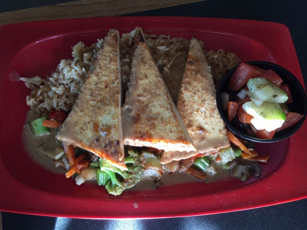 """Photo of Mr Bones BBQ  by <a href=""""/members/profile/Arrow80"""">Arrow80</a> <br/>Thai Curry Tofu with Asian vegetables and rice <br/> January 18, 2016  - <a href='/contact/abuse/image/29250/132908'>Report</a>"""