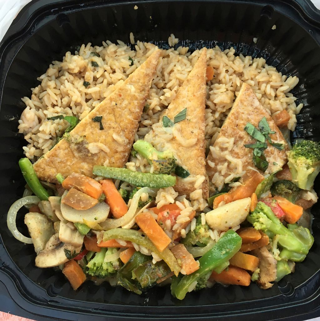 """Photo of Mr Bones BBQ  by <a href=""""/members/profile/MsGabbyGlitter"""">MsGabbyGlitter</a> <br/>Thai Curry Tofu ( to go)  <br/> December 27, 2016  - <a href='/contact/abuse/image/29250/204907'>Report</a>"""