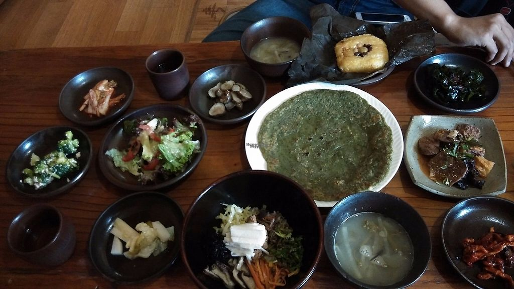 """Photo of Mulmaegol  by <a href=""""/members/profile/Drabbitgon"""">Drabbitgon</a> <br/>Lotus leave rice and bibimbap + various side dishes  <br/> April 9, 2017  - <a href='/contact/abuse/image/29299/246195'>Report</a>"""