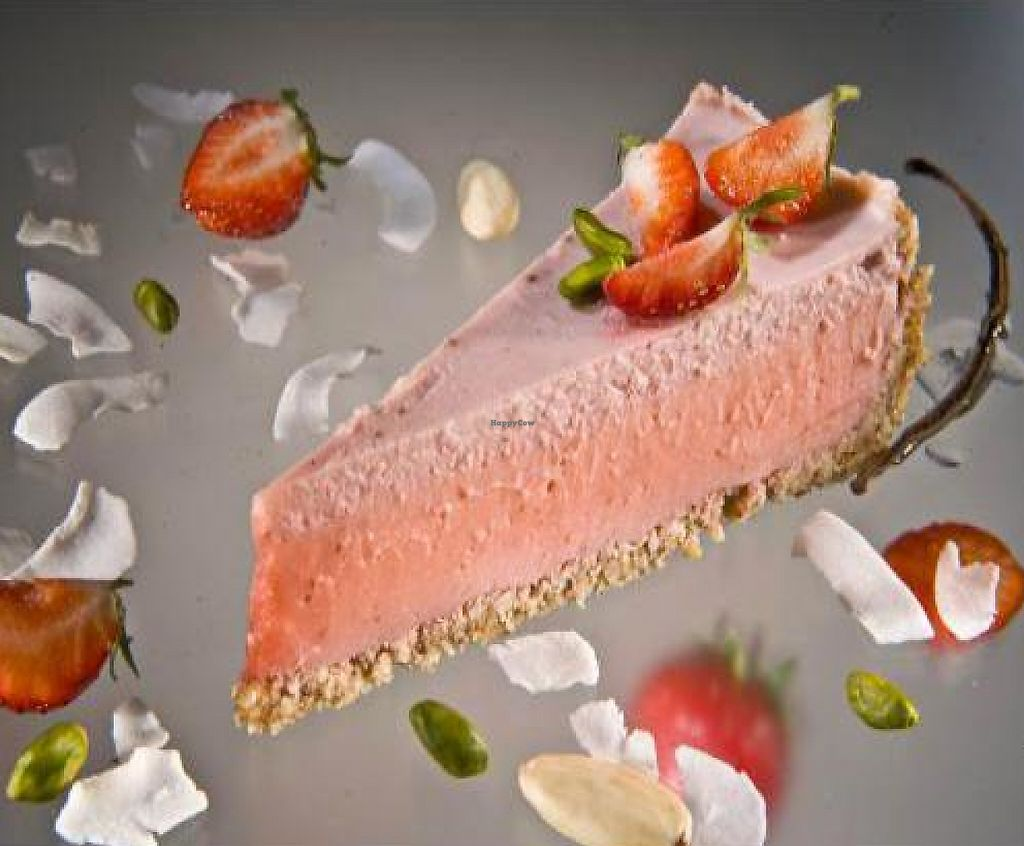 """Photo of Slascice Mihalek  by <a href=""""/members/profile/KatarinaLe"""">KatarinaLe</a> <br/>Raw strawberry cake <br/> November 30, 2011  - <a href='/contact/abuse/image/29304/194670'>Report</a>"""