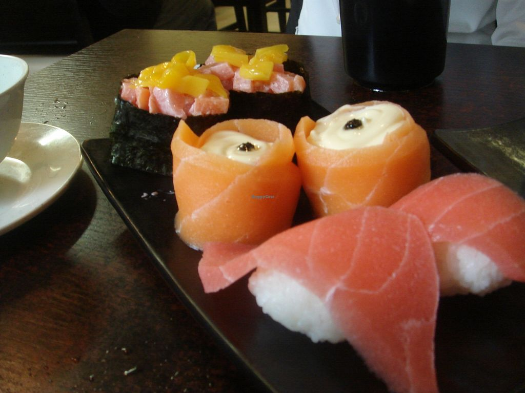 "Photo of Ying Vegetarian  by <a href=""/members/profile/nafanc"">nafanc</a> <br/>Mango roll, salmon and black truffle, tuna <br/> January 17, 2016  - <a href='/contact/abuse/image/29307/132763'>Report</a>"