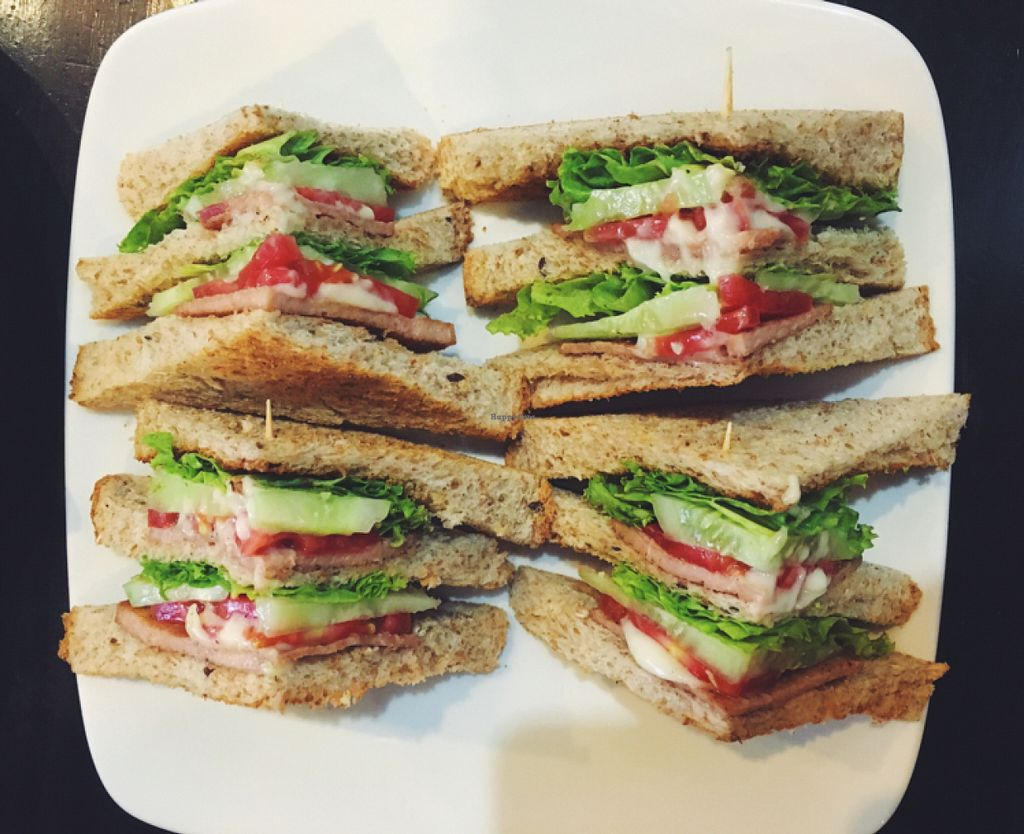 """Photo of Kingliew  by <a href=""""/members/profile/Emmaa"""">Emmaa</a> <br/>sandwiches listed as an """"appetizer"""", only 65 Baht and so filling! <br/> June 12, 2016  - <a href='/contact/abuse/image/29349/153649'>Report</a>"""
