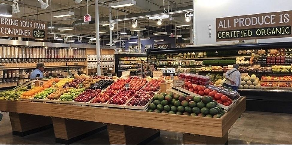 """Photo of Mom's Organic Market  by <a href=""""/members/profile/KimRodriguez"""">KimRodriguez</a> <br/>produce <br/> February 21, 2018  - <a href='/contact/abuse/image/29370/362058'>Report</a>"""
