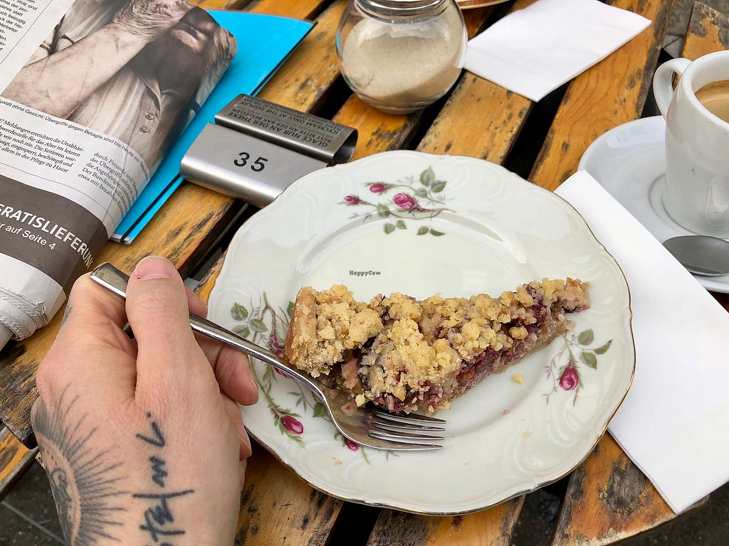 """Photo of Acero  by <a href=""""/members/profile/marky_mark"""">marky_mark</a> <br/>vegan plum crumble <br/> April 15, 2018  - <a href='/contact/abuse/image/29378/386369'>Report</a>"""