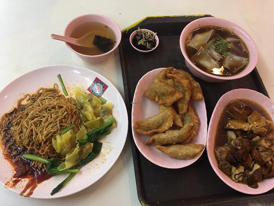 "Photo of 630 Vegetarian  by <a href=""/members/profile/CherylQuincy"">CherylQuincy</a> <br/>Wanton Noodles, Fried wanton and Kway chap <br/> February 23, 2018  - <a href='/contact/abuse/image/29400/362936'>Report</a>"