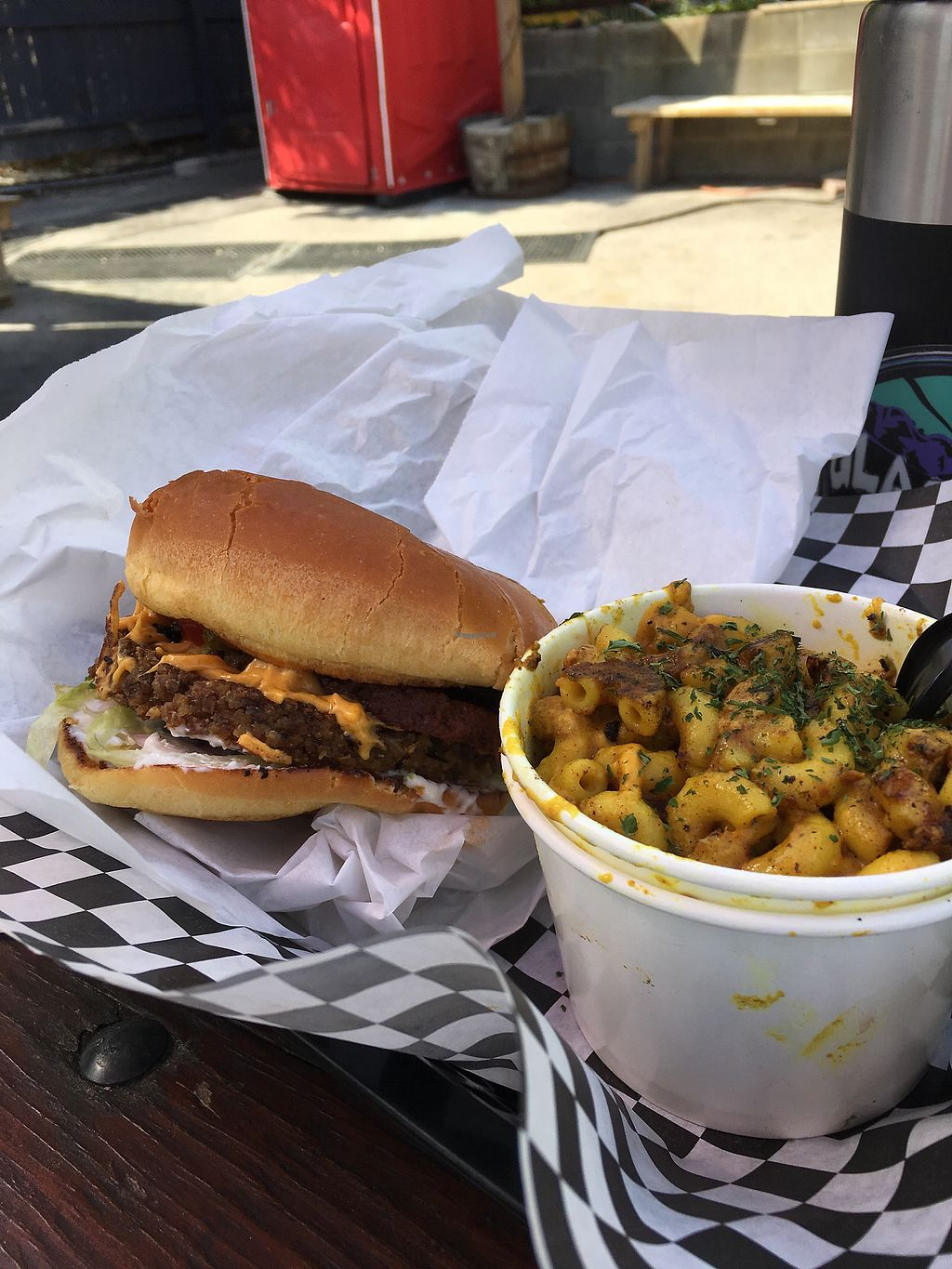 """Photo of Arlo's Food Truck - Cheerup Charlie's  by <a href=""""/members/profile/caitlincharl10"""">caitlincharl10</a> <br/>bacon cheeseburger and a mac n cheese side <br/> October 28, 2017  - <a href='/contact/abuse/image/29535/319404'>Report</a>"""