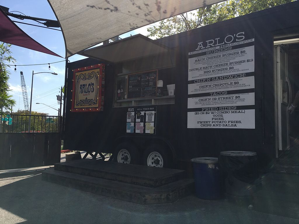 """Photo of Arlo's Food Truck - Cheerup Charlie's  by <a href=""""/members/profile/caitlincharl10"""">caitlincharl10</a> <br/>the food truck <br/> October 28, 2017  - <a href='/contact/abuse/image/29535/319405'>Report</a>"""