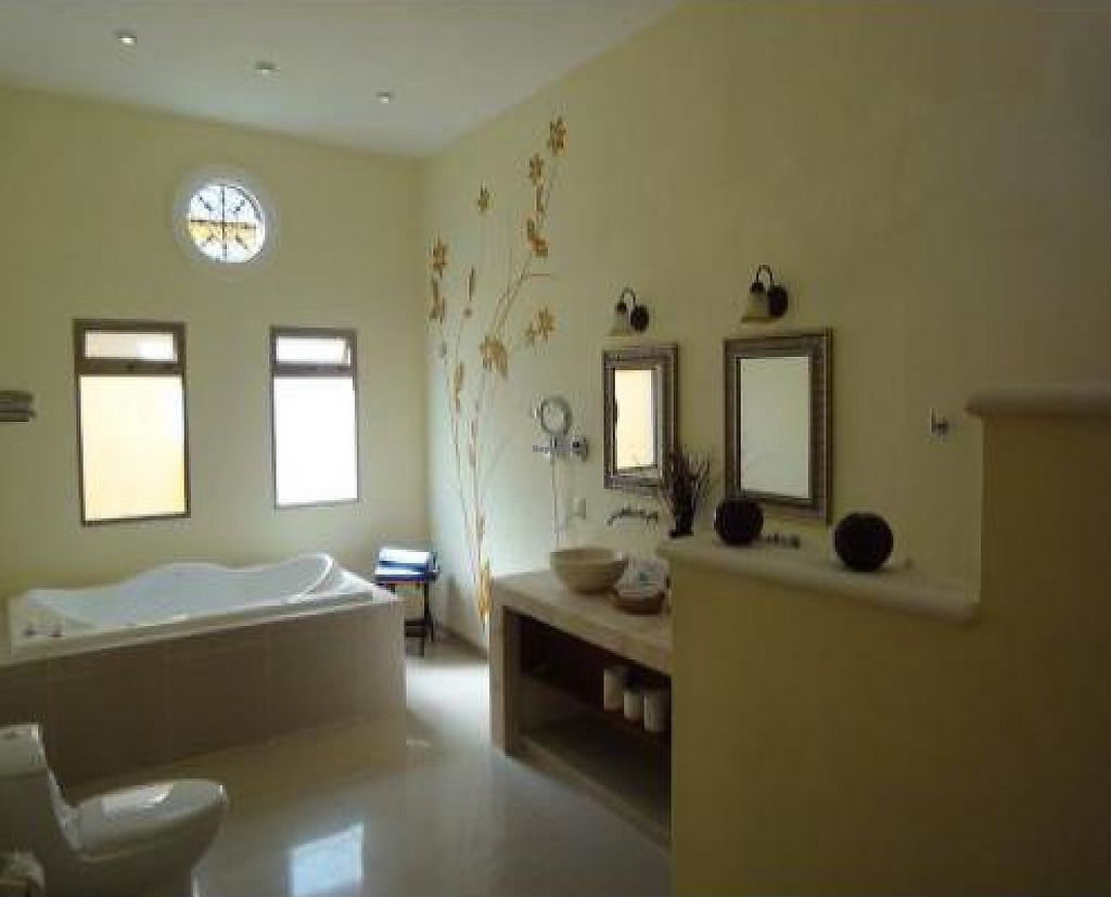 """Photo of Hotel Merida Santiago  by <a href=""""/members/profile/jan-in-yuctan"""">jan-in-yuctan</a> <br/>the bathroom of suite 4 of hotel boutique merida santiago <br/> December 22, 2011  - <a href='/contact/abuse/image/29577/199665'>Report</a>"""