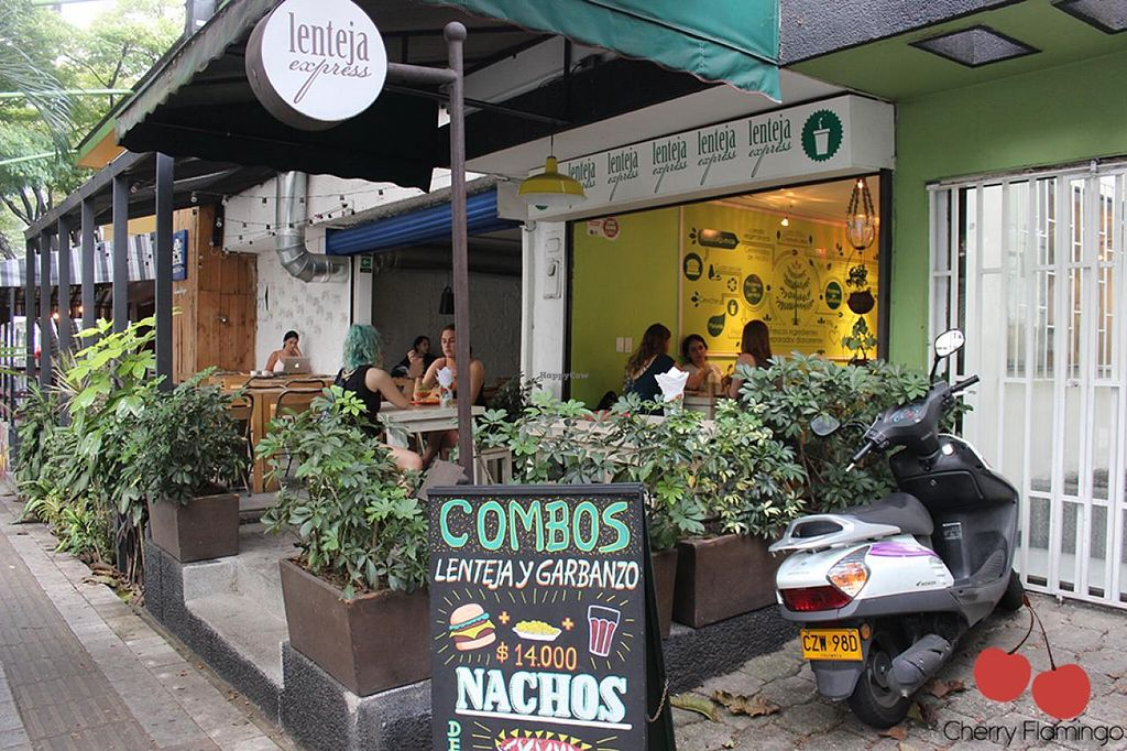 """Photo of Lenteja Express - Poblado  by <a href=""""/members/profile/CherryFlamingo"""">CherryFlamingo</a> <br/>Restaurant <br/> July 14, 2015  - <a href='/contact/abuse/image/29612/109414'>Report</a>"""