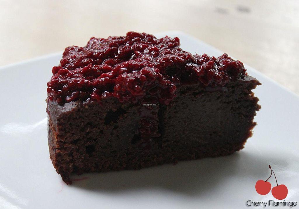 "Photo of Lenteja Express - Poblado  by <a href=""/members/profile/CherryFlamingo"">CherryFlamingo</a> <br/>Vegan cake <br/> July 14, 2015  - <a href='/contact/abuse/image/29612/109415'>Report</a>"
