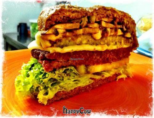 "Photo of Lenteja Express - Poblado  by <a href=""/members/profile/pipeleta"">pipeleta</a> <br/>Veggie burger <br/> April 19, 2013  - <a href='/contact/abuse/image/29612/47142'>Report</a>"