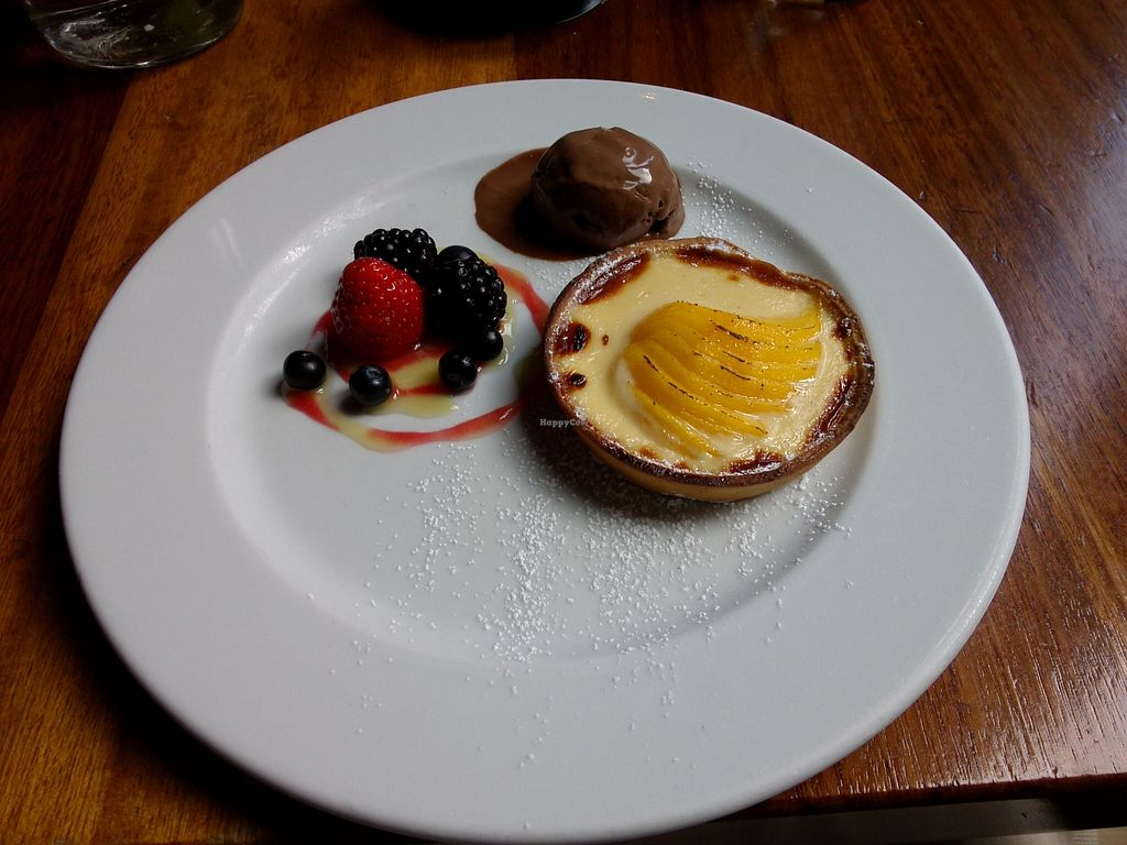 "Photo of David Bann Restaurant  by <a href=""/members/profile/Ryecatcher"">Ryecatcher</a> <br/>Hot peach and vanilla tart <br/> September 16, 2015  - <a href='/contact/abuse/image/2961/117997'>Report</a>"