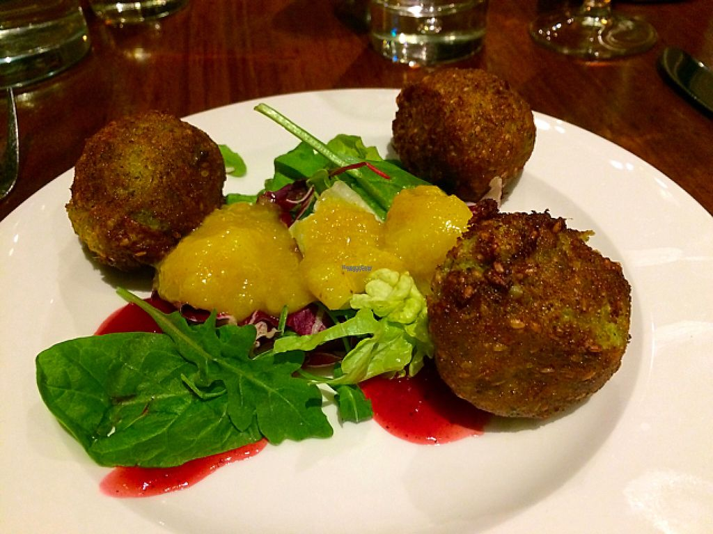 "Photo of David Bann Restaurant  by <a href=""/members/profile/CiaraSlevin"">CiaraSlevin</a> <br/>Thai chilli broccoli, pea and smoked tofu fritters with salad, banana chutney and plum sauce <br/> November 16, 2016  - <a href='/contact/abuse/image/2961/191081'>Report</a>"