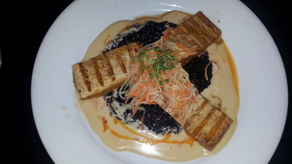 "Photo of Beach House  by <a href=""/members/profile/slithers"">slithers</a> <br/>grilled tofu with thai curry, black rice & papaya/carrot shreds <br/> March 24, 2015  - <a href='/contact/abuse/image/29725/96808'>Report</a>"