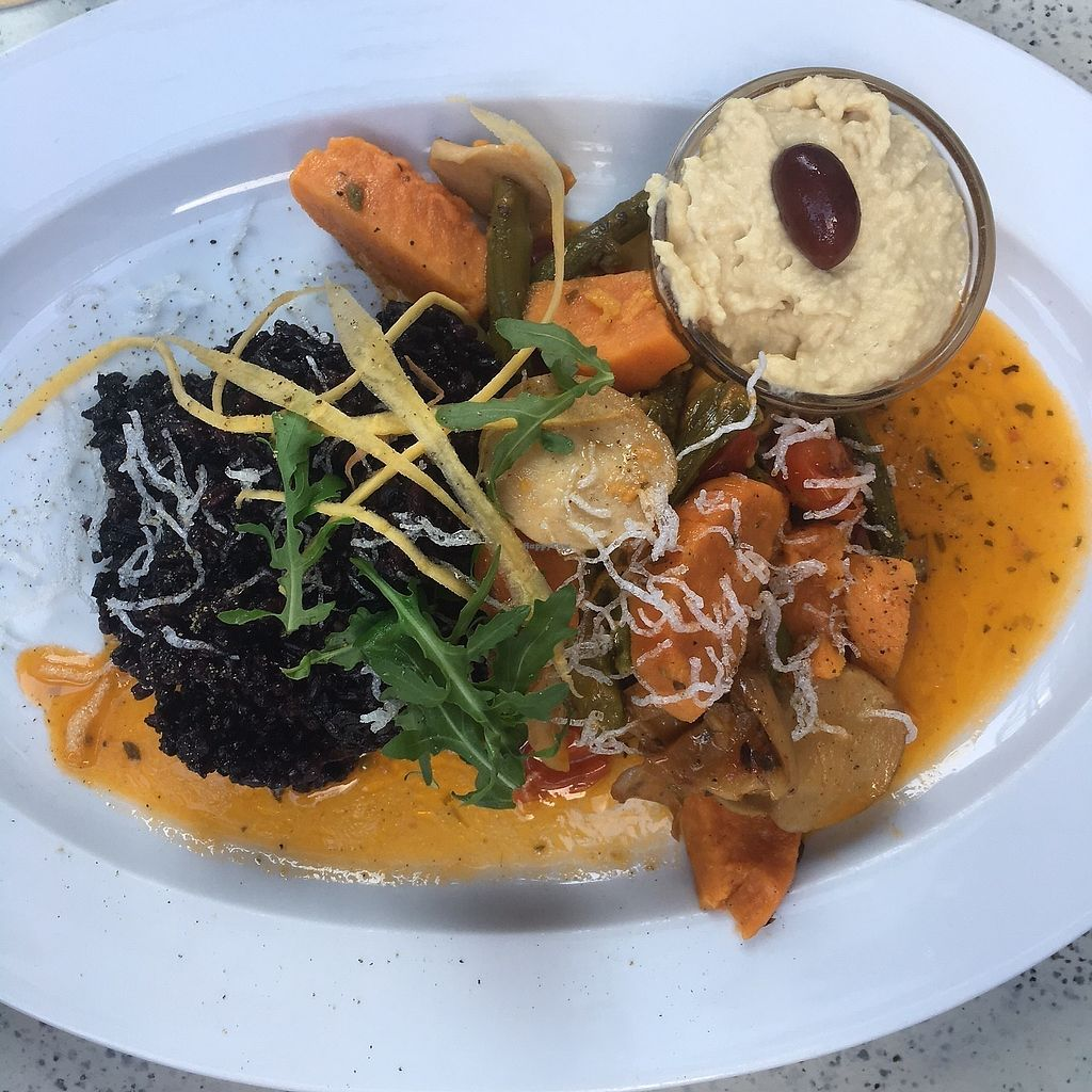 """Photo of Gelbes Krokodil  by <a href=""""/members/profile/crazyliljess"""">crazyliljess</a> <br/>Sweet potato-asparagus-pan with rice, hummus and king oyster mushrooms <br/> June 26, 2017  - <a href='/contact/abuse/image/29759/273623'>Report</a>"""