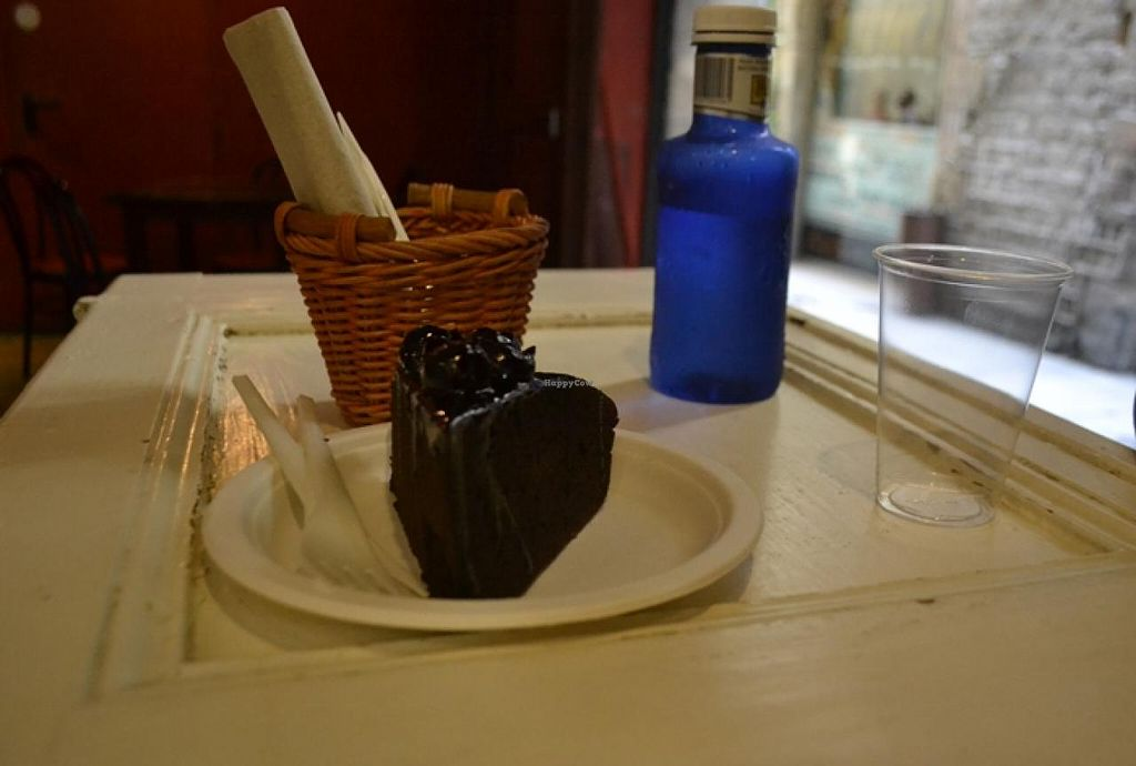"""Photo of CLOSED: La Bascula  by <a href=""""/members/profile/apartment2504"""">apartment2504</a> <br/>I am really not picky but the worst chocolate cake I have ever had  <br/> August 15, 2014  - <a href='/contact/abuse/image/29824/77109'>Report</a>"""