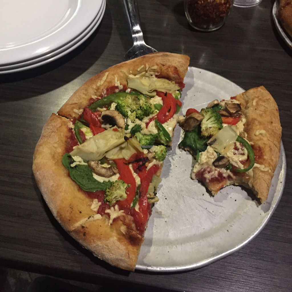 """Photo of Mellow Mushroom  by <a href=""""/members/profile/MaddyR"""">MaddyR</a> <br/>vegan """"build it"""" pizza <br/> April 9, 2017  - <a href='/contact/abuse/image/29852/246067'>Report</a>"""