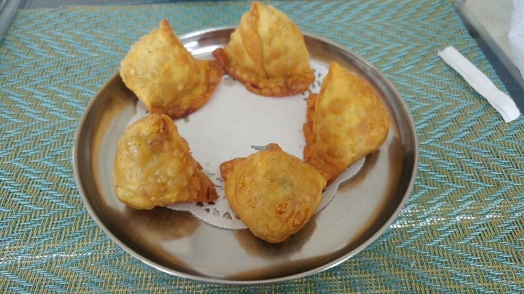 """Photo of Gokul Resto  by <a href=""""/members/profile/bialoglowy"""">bialoglowy</a> <br/>Samosa <br/> March 11, 2017  - <a href='/contact/abuse/image/29958/235125'>Report</a>"""