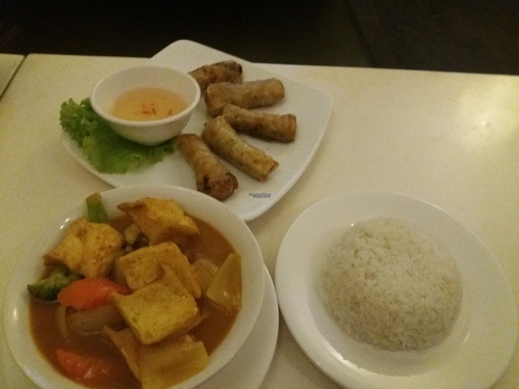 "Photo of Chuon Chuon Quan  by <a href=""/members/profile/veganvirtues"">veganvirtues</a> <br/>Spring rolls&curried vegetables with tofu and white rice <br/> October 30, 2016  - <a href='/contact/abuse/image/29972/185370'>Report</a>"