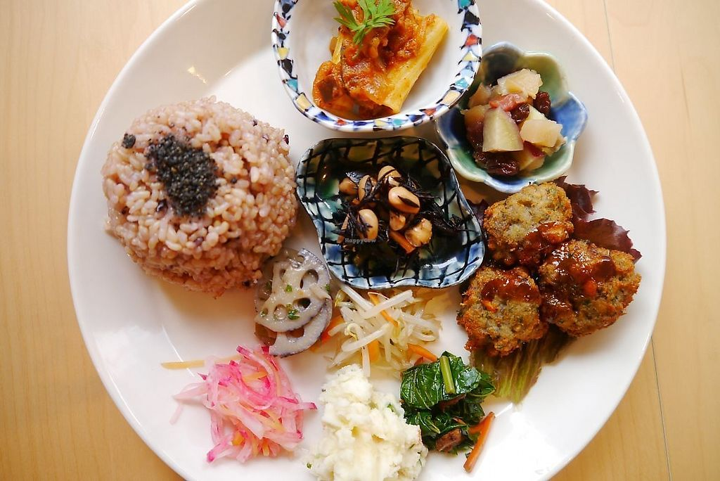 """Photo of Life Gallery  by <a href=""""/members/profile/Veganlivingkl"""">Veganlivingkl</a> <br/>Lunch set, macrobiotic <br/> December 8, 2017  - <a href='/contact/abuse/image/30077/333448'>Report</a>"""
