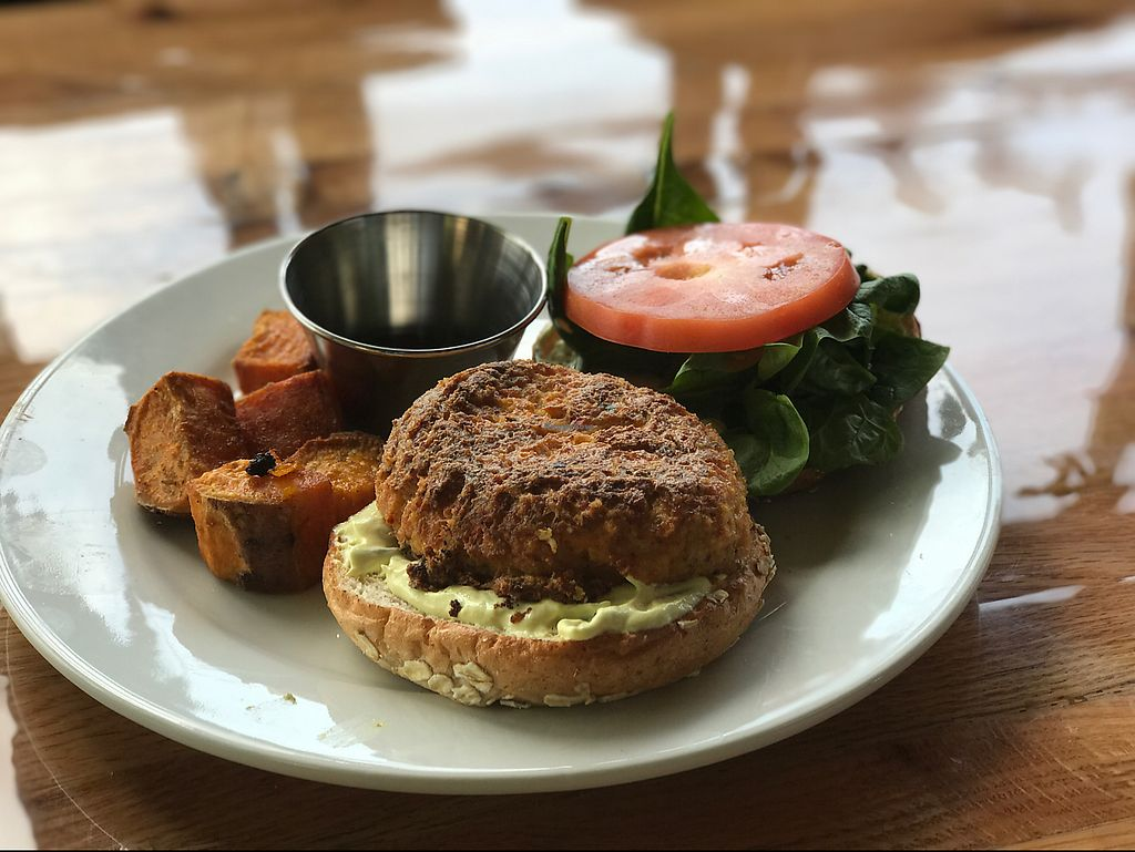 "Photo of Majani  by <a href=""/members/profile/ostnixo"">ostnixo</a> <br/>crab cake sandwich with sweet potato wedges <br/> June 16, 2017  - <a href='/contact/abuse/image/30137/269598'>Report</a>"