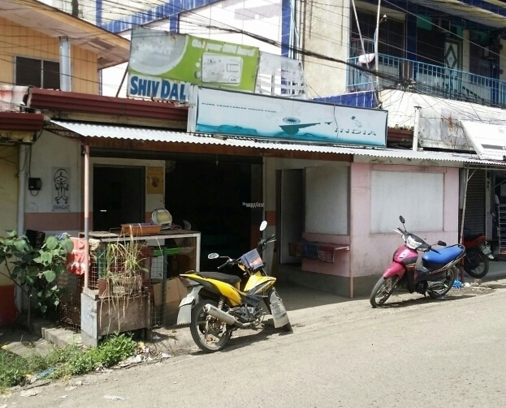 """Photo of Shiv Dal Roti Corner  by <a href=""""/members/profile/Mike%20Munsie"""">Mike Munsie</a> <br/>street front <br/> February 2, 2017  - <a href='/contact/abuse/image/30144/220741'>Report</a>"""