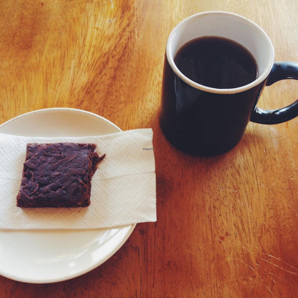 "Photo of Natural  by <a href=""/members/profile/MO.MARIEL"">MO.MARIEL</a> <br/>vegan 'brownie' (coconut and raw chocolate) and a coffee <br/> March 12, 2015  - <a href='/contact/abuse/image/30209/95562'>Report</a>"