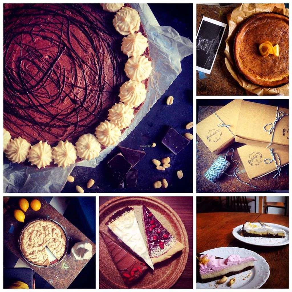 """Photo of Fukafe  by <a href=""""/members/profile/olotasak"""">olotasak</a> <br/>Cakes <br/> May 7, 2015  - <a href='/contact/abuse/image/30227/101484'>Report</a>"""