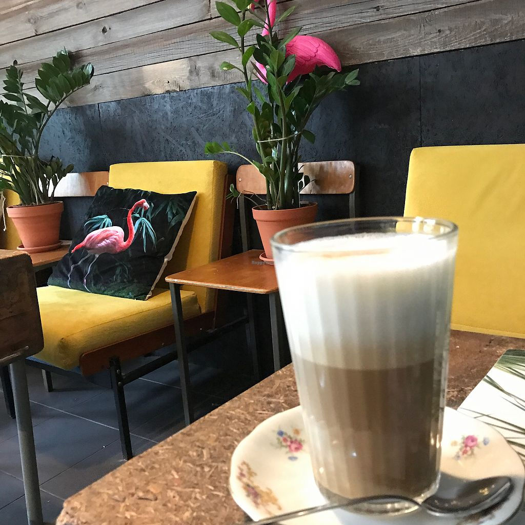 """Photo of Fukafe  by <a href=""""/members/profile/The%20London%20Vegan"""">The London Vegan</a> <br/>lovely interior!  <br/> July 27, 2017  - <a href='/contact/abuse/image/30227/285473'>Report</a>"""
