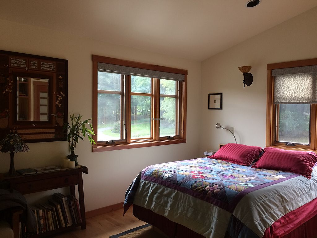 """Photo of Someday Farm Vegan Bed and Breakfast  by <a href=""""/members/profile/Arti"""">Arti</a> <br/>very warm and comfortable room <br/> October 8, 2017  - <a href='/contact/abuse/image/30230/313302'>Report</a>"""