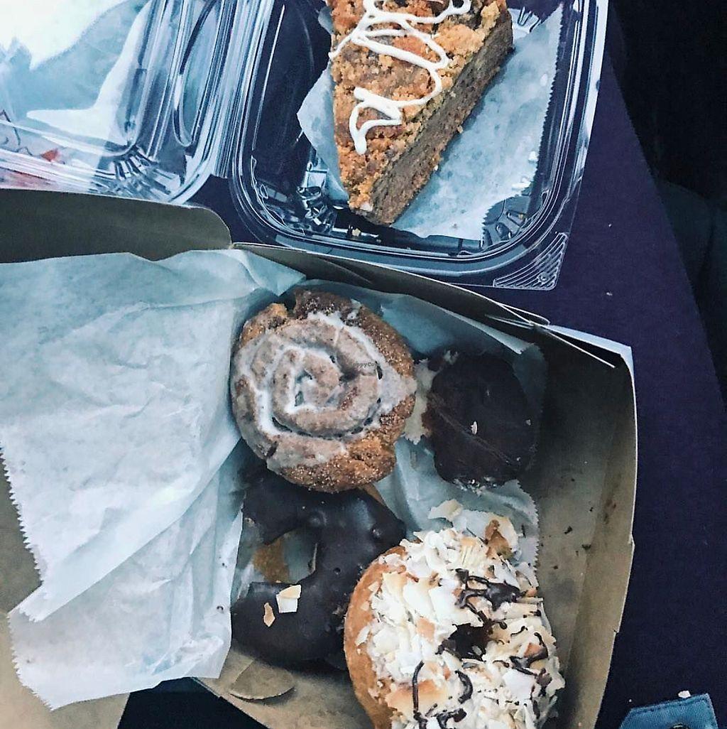 "Photo of Erin McKenna's Bakery  by <a href=""/members/profile/De_vegyn"">De_vegyn</a> <br/>cupcake, Samoa doughnut, chocolate bite  <br/> June 21, 2017  - <a href='/contact/abuse/image/30312/271720'>Report</a>"