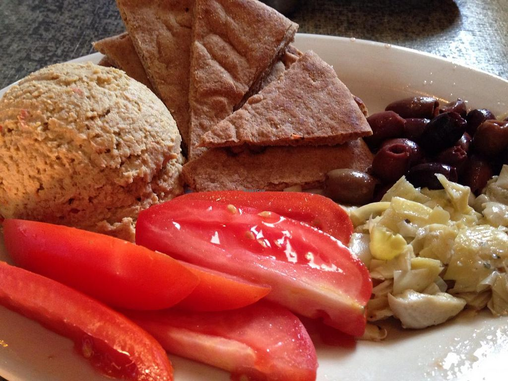 """Photo of Radial Cafe  by <a href=""""/members/profile/calamaestra"""">calamaestra</a> <br/>Hummus and pita bread  <br/> October 21, 2014  - <a href='/contact/abuse/image/30436/83561'>Report</a>"""