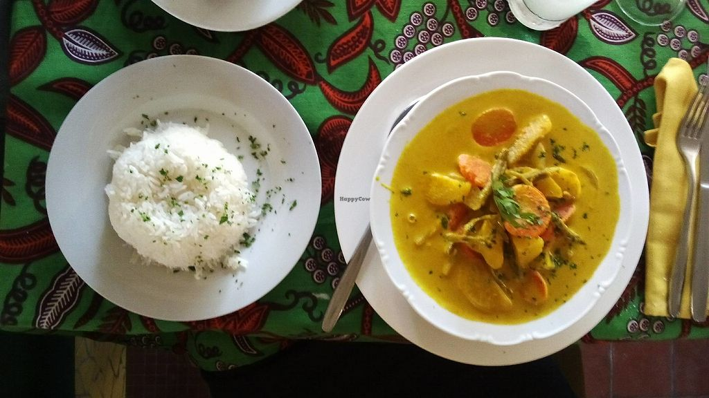 """Photo of Institut Francais Leopold Sedar Senghor  by <a href=""""/members/profile/EvaBlumenwiese"""">EvaBlumenwiese</a> <br/>Veggie Curry <br/> October 25, 2017  - <a href='/contact/abuse/image/30450/318915'>Report</a>"""