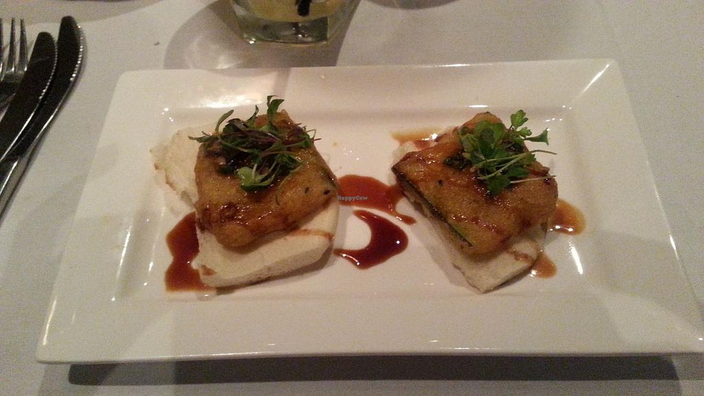 """Photo of Roy's  by <a href=""""/members/profile/slithers"""">slithers</a> <br/>Fried zucchini (VPF 1 of 4)  <br/> March 23, 2015  - <a href='/contact/abuse/image/30515/96770'>Report</a>"""