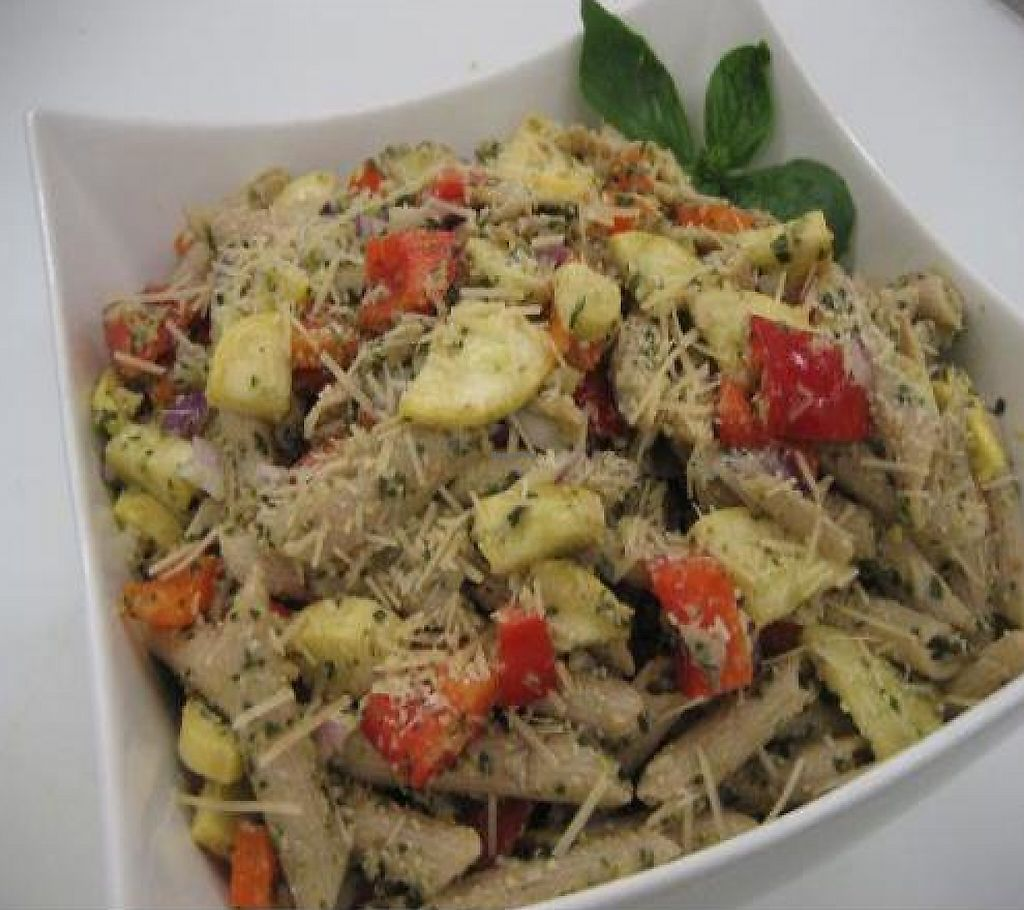 "Photo of Sunflower Cafe  by <a href=""/members/profile/krisl"">krisl</a> <br/>One of our salad options, made with fresh ingredients every morning <br/> February 16, 2012  - <a href='/contact/abuse/image/30615/223150'>Report</a>"