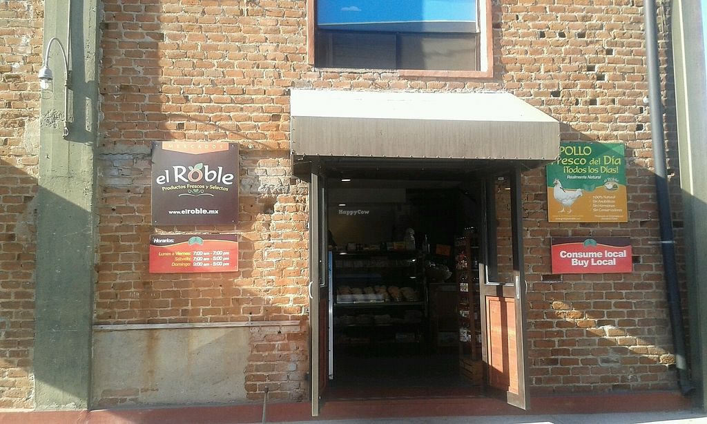 """Photo of Mercados El Roble  by <a href=""""/members/profile/Mangolia"""">Mangolia</a> <br/>store from outside <br/> June 28, 2017  - <a href='/contact/abuse/image/30622/274206'>Report</a>"""