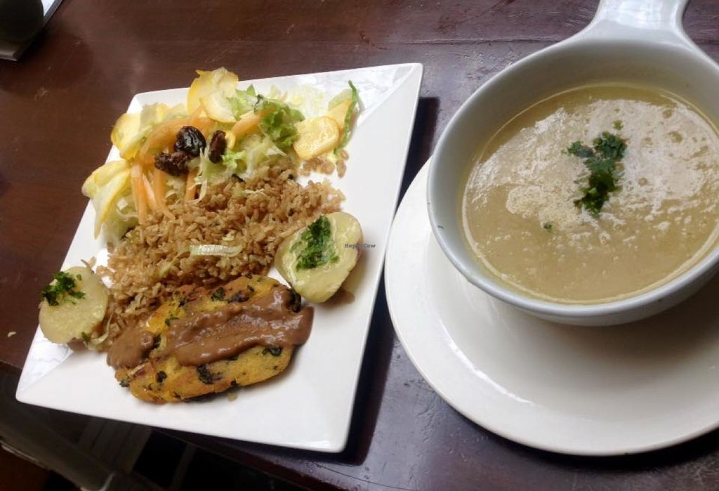 Photo of Delicias al Natural  by JuanDavidMartinezGar <br/>Good choices in vegan food and vegetarian food, the menu changes every day <br/> June 27, 2016  - <a href='/contact/abuse/image/30746/156479'>Report</a>