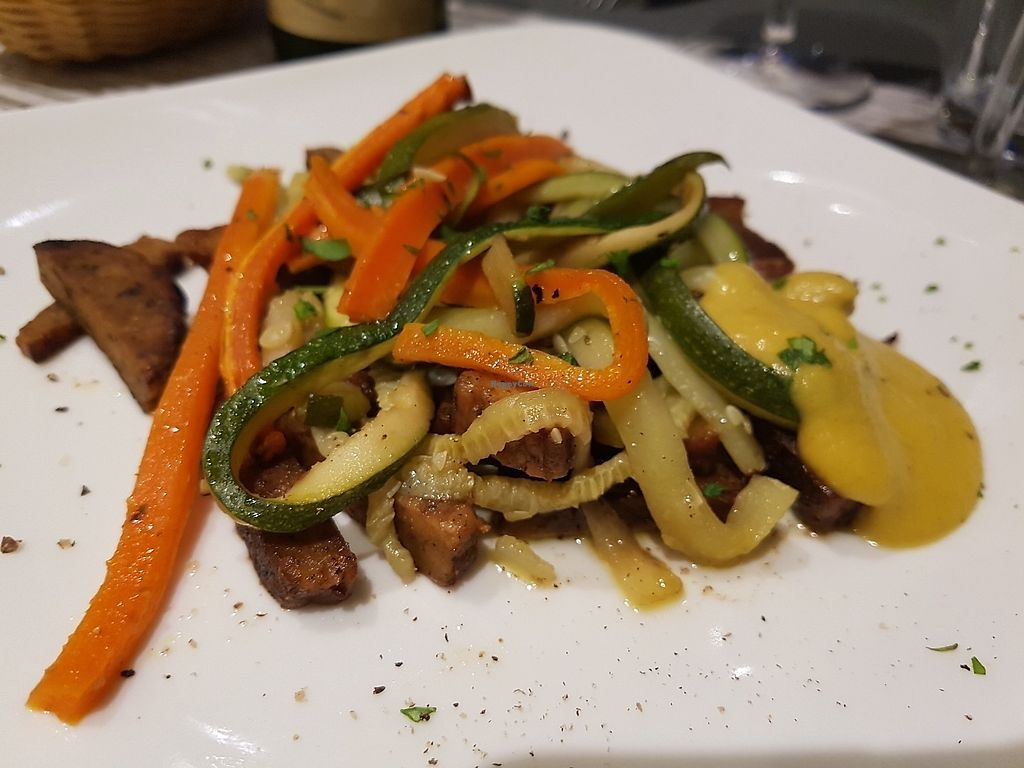 "Photo of Osteria di Fuori Porta  by <a href=""/members/profile/Rosa%20veg"">Rosa veg</a> <br/>Tempeh with vegetables <br/> June 14, 2017  - <a href='/contact/abuse/image/30918/269045'>Report</a>"