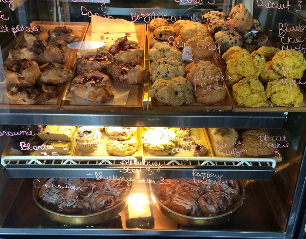 "Photo of Clementine Bakery  by <a href=""/members/profile/joelrama"">joelrama</a> <br/>lots of options.  <br/> December 31, 2013  - <a href='/contact/abuse/image/30943/209477'>Report</a>"