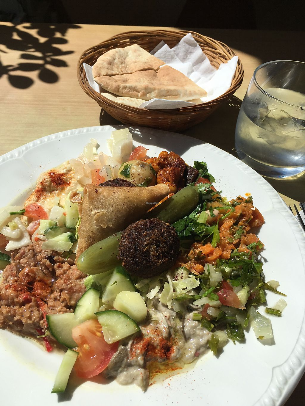"""Photo of New Horizon Cafe  by <a href=""""/members/profile/Kwarmoth"""">Kwarmoth</a> <br/>vegan lunch with loads of delicious food  <br/> July 5, 2017  - <a href='/contact/abuse/image/31056/276855'>Report</a>"""