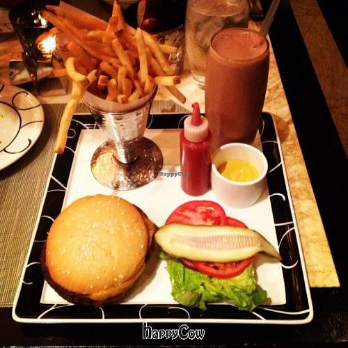 """Photo of CLOSED: Wynn Encore Hotel - Society Cafe  by <a href=""""/members/profile/vegetariangirl"""">vegetariangirl</a> <br/>vegan burger with vegan shake <br/> October 11, 2012  - <a href='/contact/abuse/image/31141/38940'>Report</a>"""