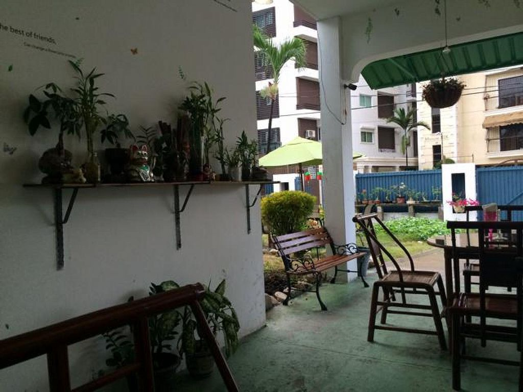 """Photo of Jardin Verde  by <a href=""""/members/profile/dnmp"""">dnmp</a> <br/>The Resturant  <br/> August 3, 2014  - <a href='/contact/abuse/image/31149/75898'>Report</a>"""