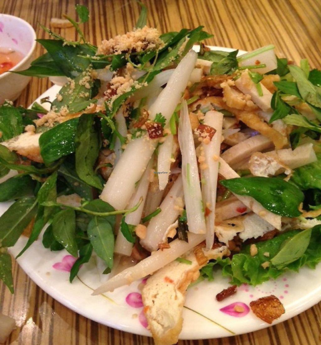 "Photo of Thanh Van Restaurant  by <a href=""/members/profile/cookiem"">cookiem</a> <br/>Lotus root salad - yum! <br/> February 17, 2014  - <a href='/contact/abuse/image/31214/232334'>Report</a>"