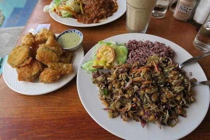 "Photo of Cat House Chiang Mai  by <a href=""/members/profile/Slang"">Slang</a> <br/>Burmese Fermented Tea Leaf Salad, ""Fries"", Burrito <br/> September 30, 2016  - <a href='/contact/abuse/image/31314/178645'>Report</a>"