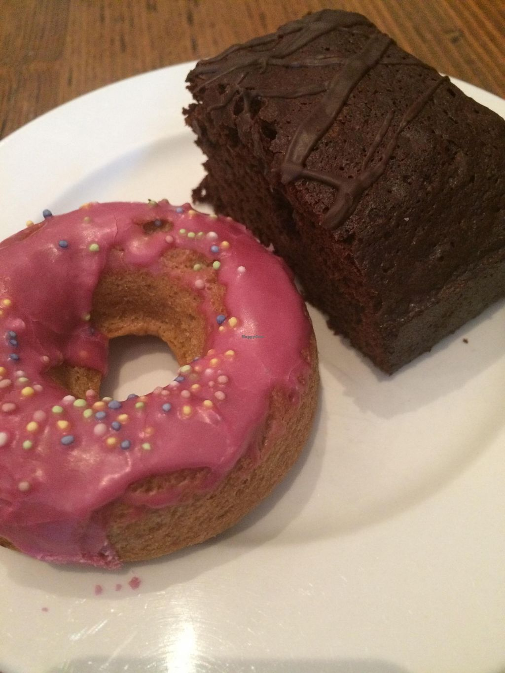 """Photo of Tori's Bakeshop - The Beach  by <a href=""""/members/profile/JazzyCow"""">JazzyCow</a> <br/>Vegan and Gluten-Free Desserts :) <br/> October 26, 2015  - <a href='/contact/abuse/image/31347/122778'>Report</a>"""