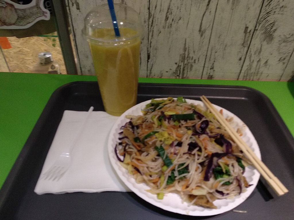 """Photo of Green Point  by <a href=""""/members/profile/maltman23"""">maltman23</a> <br/>Wok Thai at Green Point <br/> March 25, 2018  - <a href='/contact/abuse/image/31463/375969'>Report</a>"""