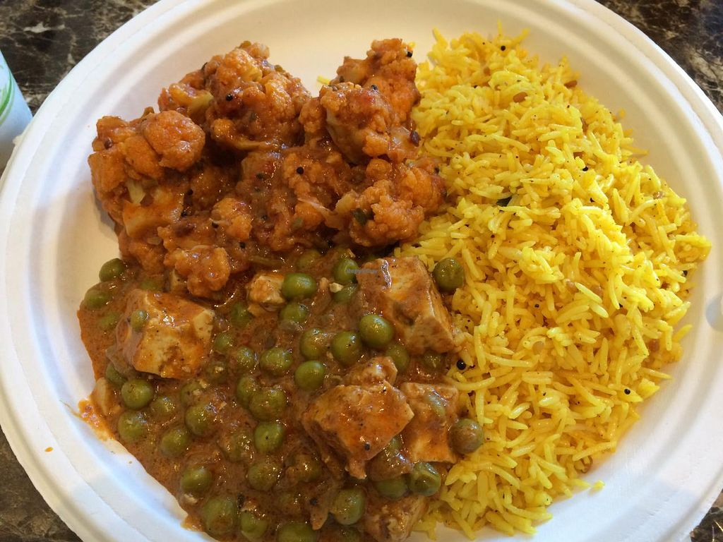 Photo of India Bazaar Madras Curry  by krazykat <br/>Mini veggie plate consists of 2 veggies & rice. Selected veggie masala, tofu curry & biryani rice <br/> April 17, 2015  - <a href='/contact/abuse/image/31471/99314'>Report</a>