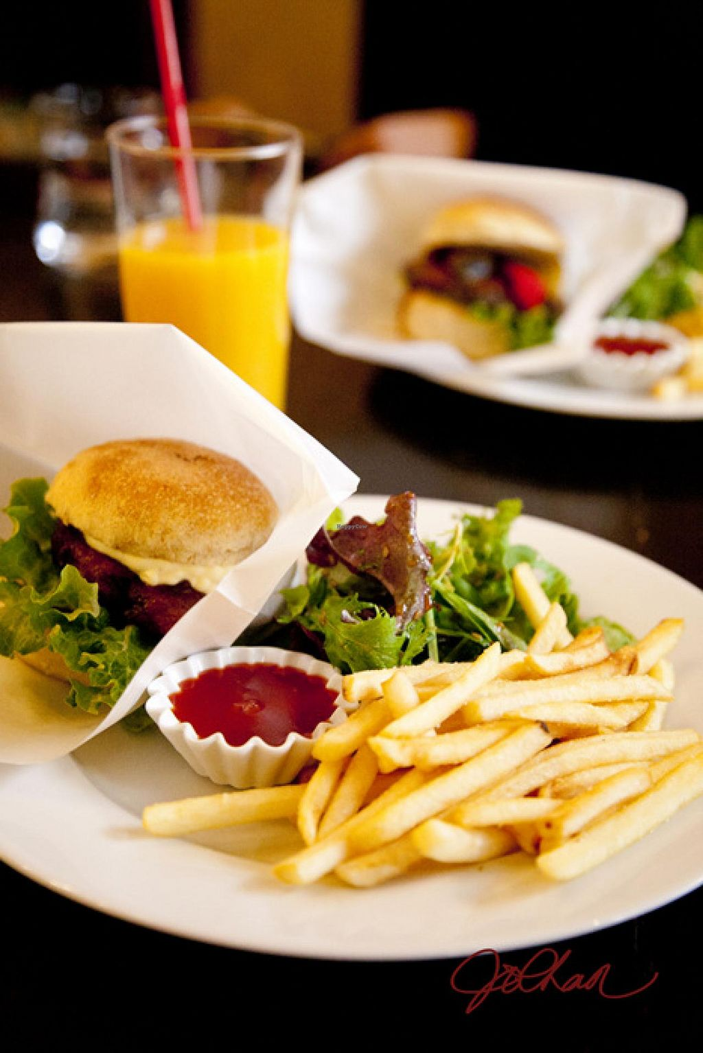 """Photo of CLOSED: Matsuontoko Cafe  by <a href=""""/members/profile/HappyVegMom"""">HappyVegMom</a> <br/>The burger and drink. Yummy!! <br/> April 14, 2014  - <a href='/contact/abuse/image/31575/67608'>Report</a>"""