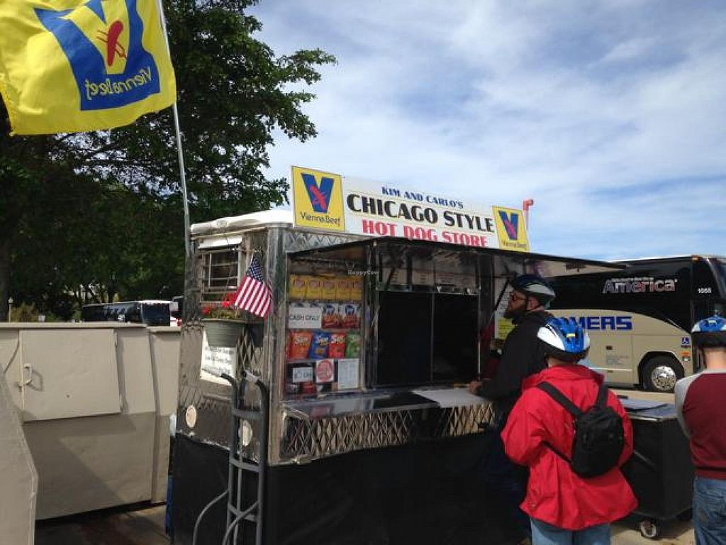 """Photo of Kim and Carlos Hot Dog Stand  by <a href=""""/members/profile/Chrispy"""">Chrispy</a> <br/>look for the flag! <br/> May 24, 2014  - <a href='/contact/abuse/image/31689/70678'>Report</a>"""